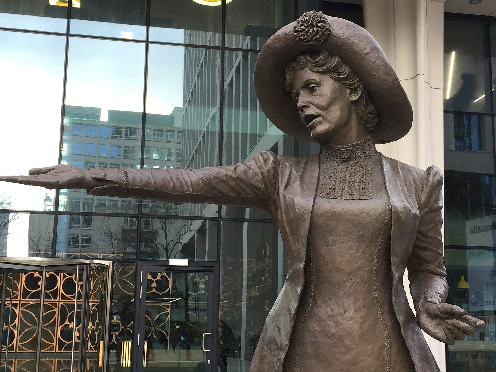 'Rise Up, Women' bronze statue of Emmeline Pankhurst by Hazel Reeves, Manchester, 2018