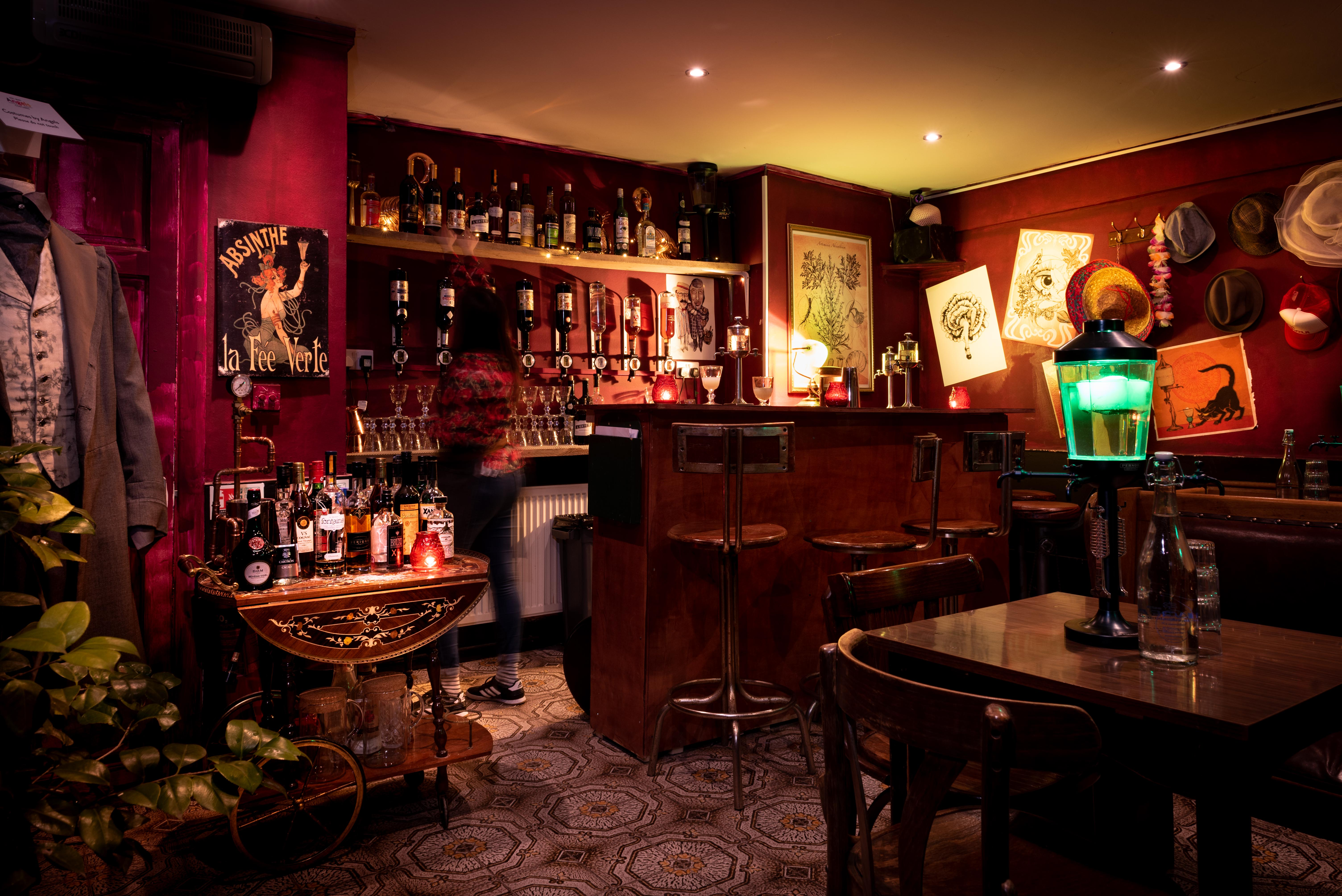 where can i drink absinthe in london