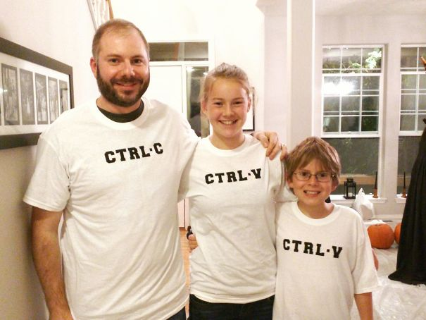 family IT themed halloween costume