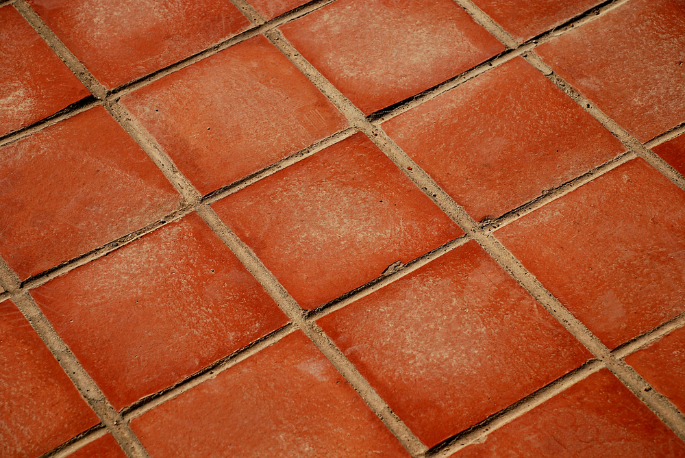 Outdoor terracotta tiles pictures to pin on pinterest pinsdaddy for Exterior terracotta floor tiles
