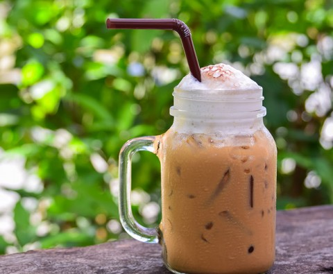 10 Refreshing iced coffee and tea recipes