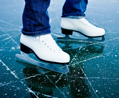 7 natural ice skating destinations