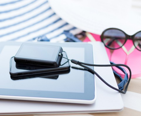 5 gadgets you must take on holiday with you