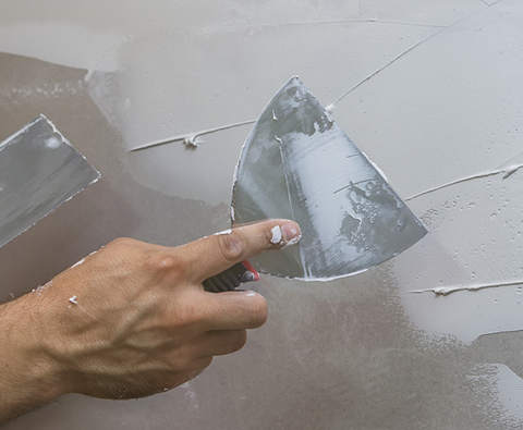 Simple steps to repair cracks and holes in internal walls