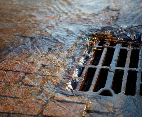 How to clear blocked drains