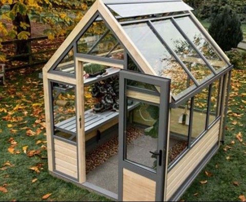 How to prepare your greenhouse for winter