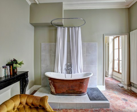 10 Tips for designing an en suite bathroom