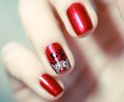 12 Adorable DIY Christmas manicures