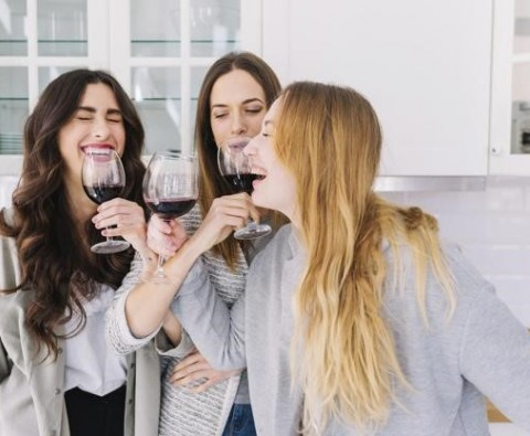 The Useful Social Benefits Of Drinking Wines