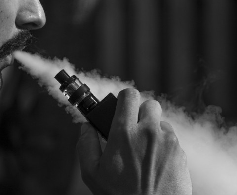 Vape vs. Smoke: What Are the Facts?