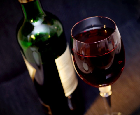 3 ways drinking wine can benefit your health
