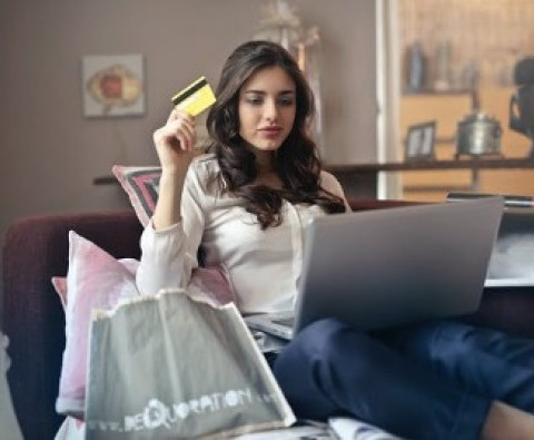 6 Online shopping tips to save some money