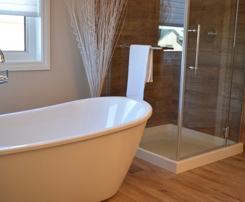A practical guide to choosing a freestanding bathtub