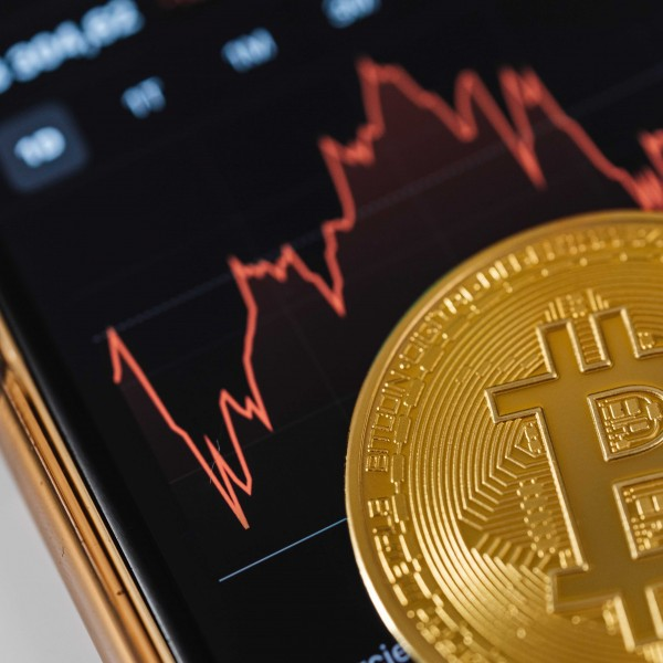 Thinking about investing in Bitcoin? –Here's what you should consider