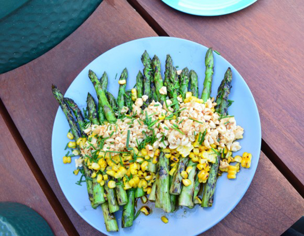 BBQ'd Asparagus and Sweetcorn salad