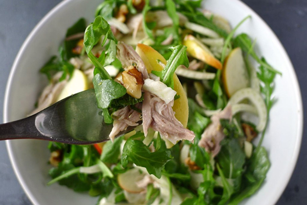Fennel, Apple and poached chicken salad