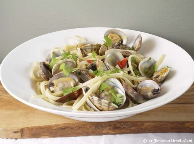 clams with pasta and chilli