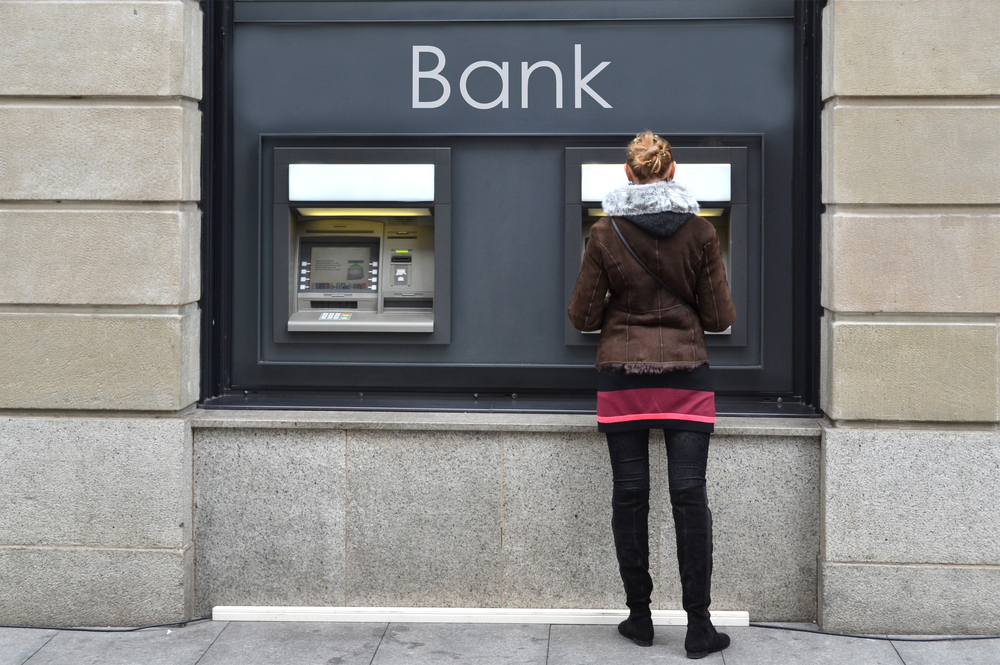 how do banks work
