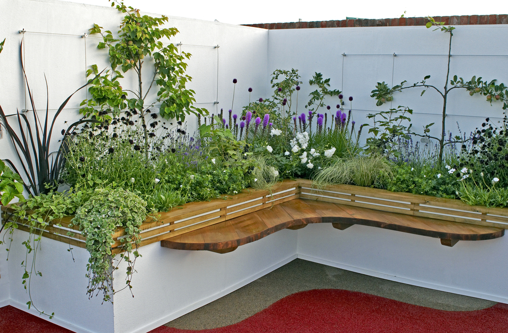 Charmant Raised Bed Gardening Is An Advantageous Way Of Growing Plants And, In  Particular, Vegetables. The General Idea Is That Plants Grown In A Deep  Container That ...