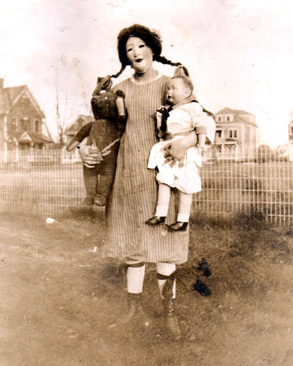 "Vintage Creepy HAlloween ""parent"""