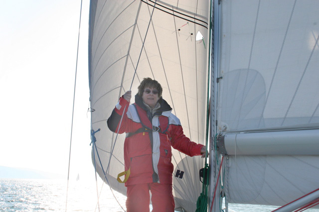 Helen at the mast
