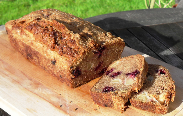 Blackberry and Apple Loaf Cake