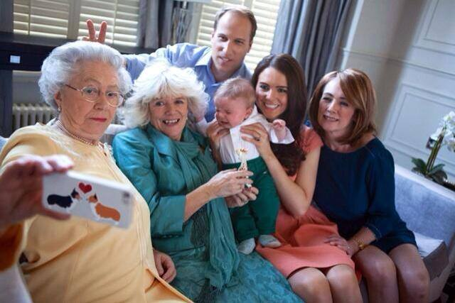 Queen's family selfie