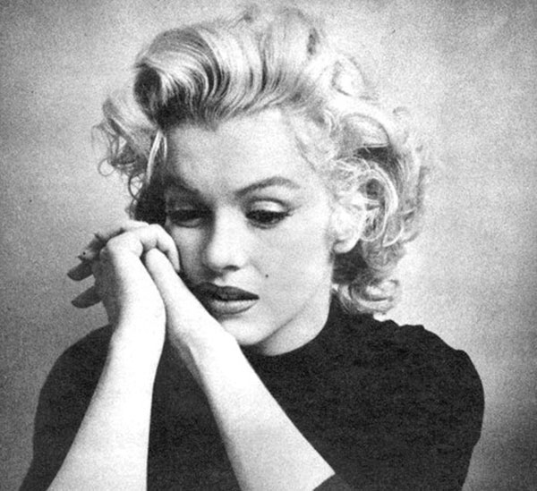 Marilyn Monroe looking sad