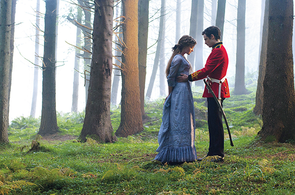 Carey Mulligan and Tom Sturridge in Far From The Madding Crowd