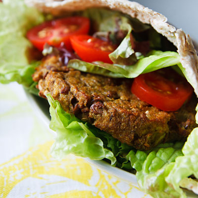Curried aubergine, lentil and quinoa veggie burgers