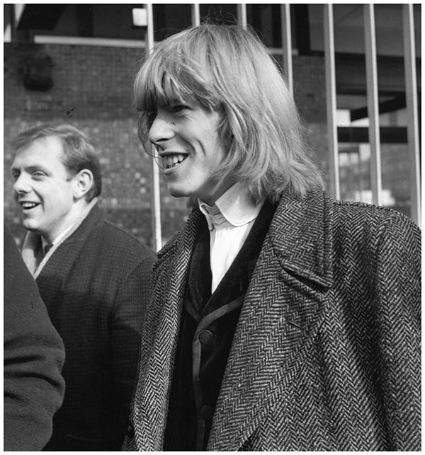Long haired Bowie 1965