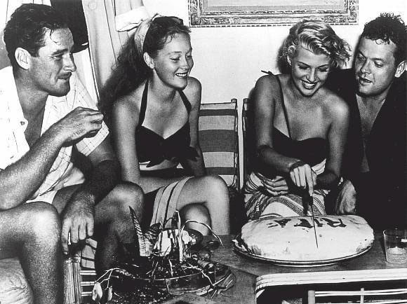 Orson Welles celebrates Rita Hayworth's birthday on Errol Flynn's boat