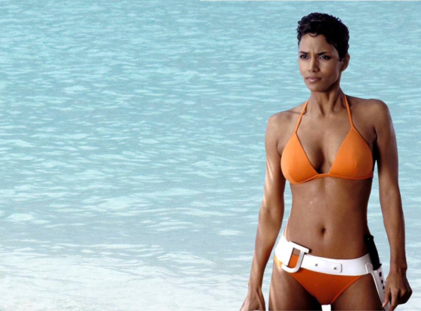 Jinx Halle Berry Bond girl Die Another Day