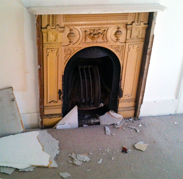 Installing and renovating old fireplaces diy reader 39 s for Choosing a fireplace