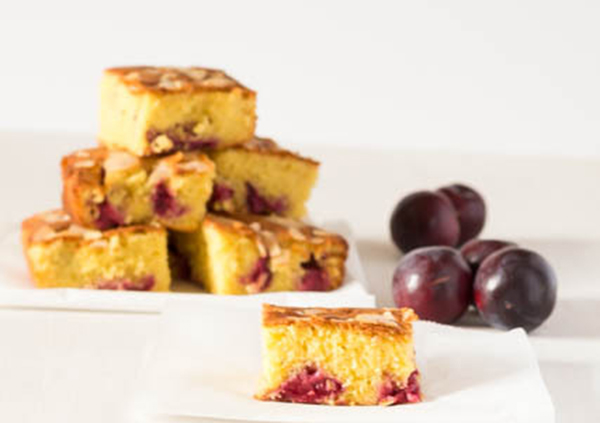 almond orange and plum cake