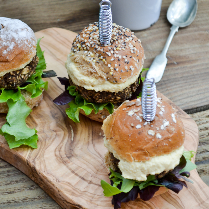 Mini mushroom and lentil sliders