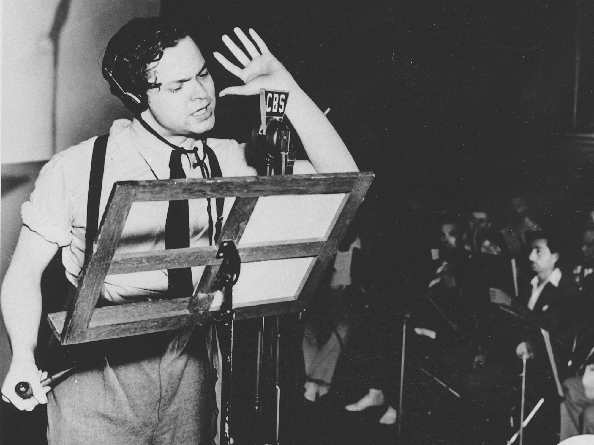 Orson Welles recording War of the Worlds