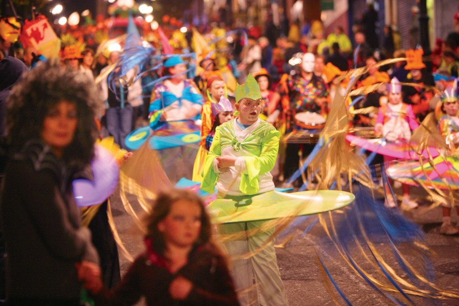 Banks of the Foyle Carnival