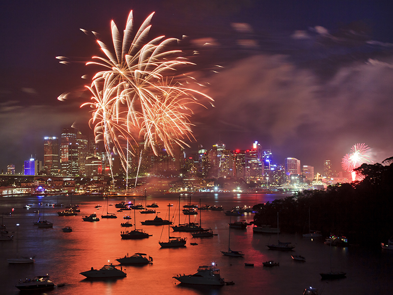 Sydney fireworks harbour new year's eve