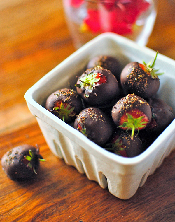 Sichuan chocolate stawberries